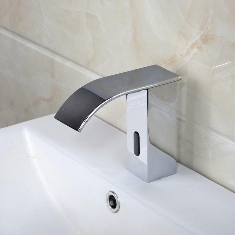 Sensor Kraan Type Barre Design Koud en Warm watervalkraan